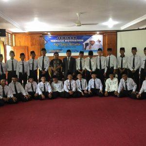 Seminar Motivasi 04